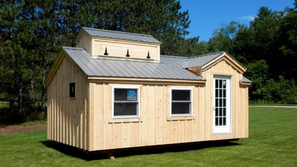 living-large-tiny-house-movement-003