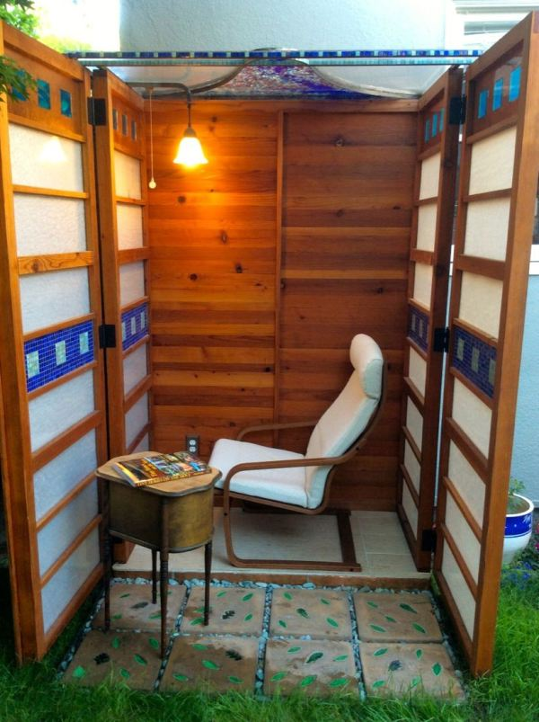 man-builds-diy-micro-writing-shed-for-wife-003