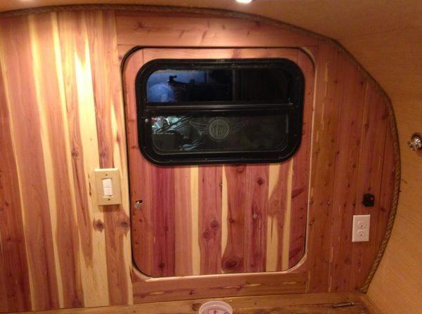 man-builds-diy-teardrop-camper-for-3k-in-3-months-08