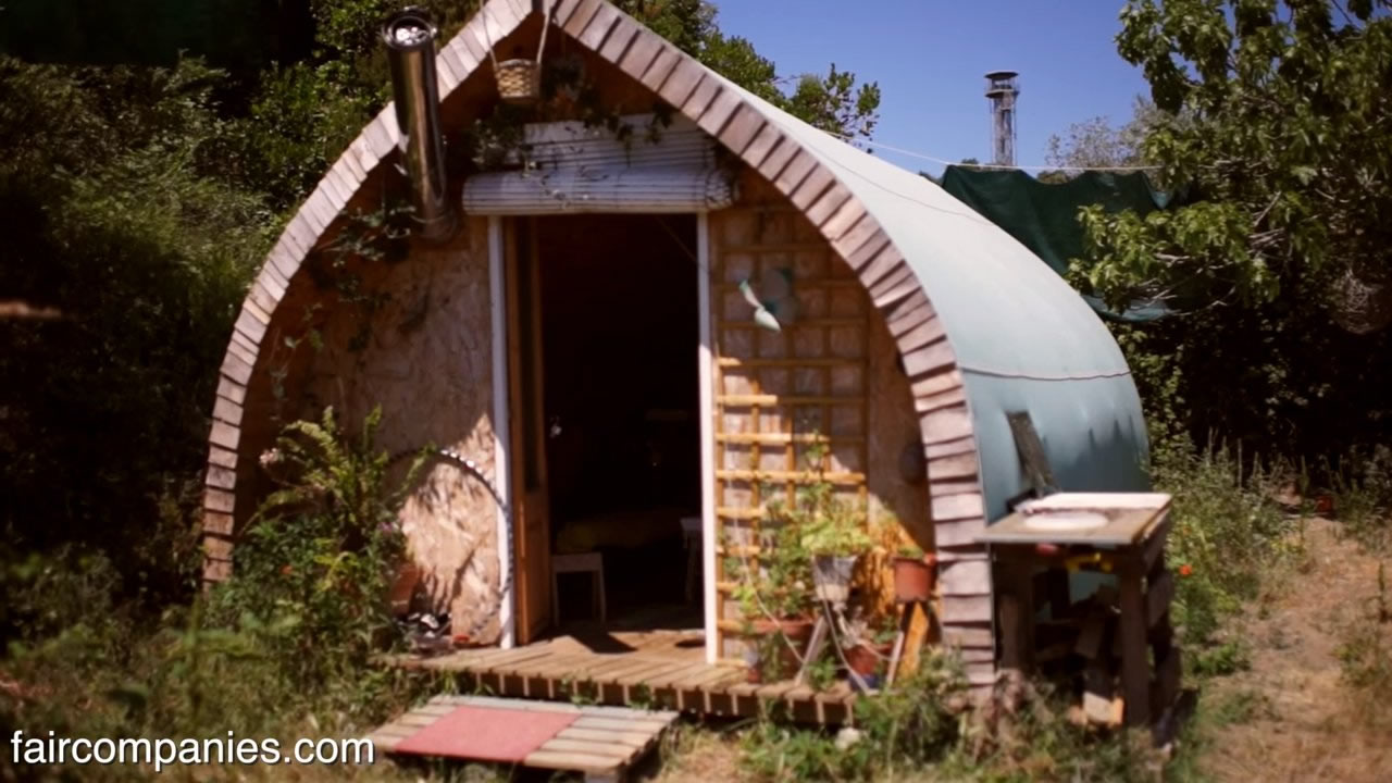 Man Builds A 1k Tiny Cabin Using Free Plans
