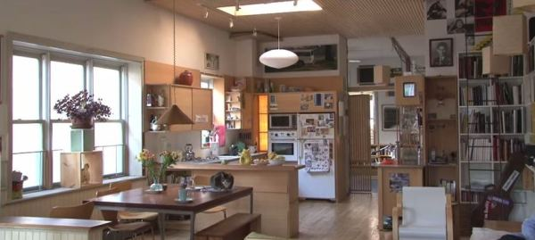 man-renovates-abandoned-brooklyn-home-007