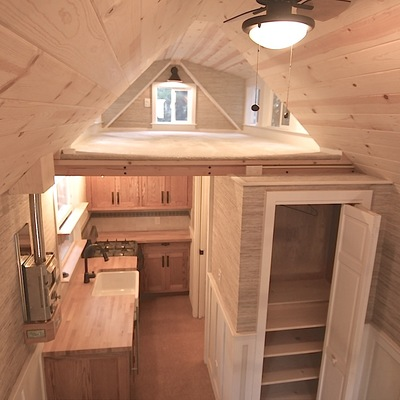 mobile-tiny-cottage-002