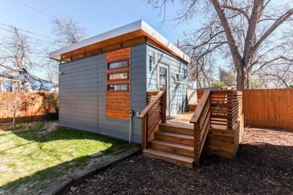 Modern and Minimalist Kanga Tiny House