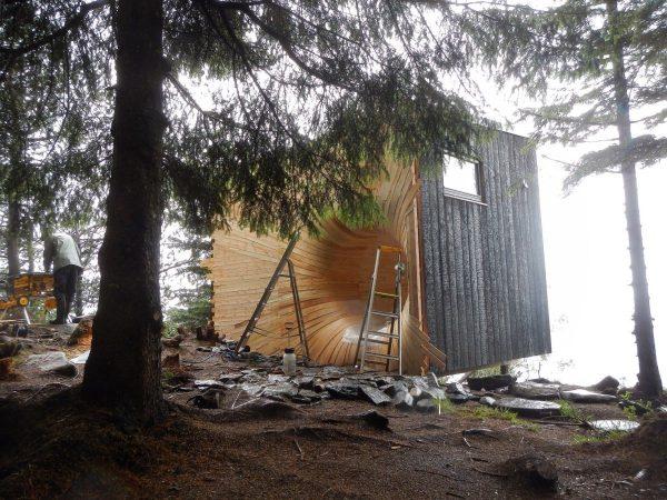 modern-tiny-mountain-cabin-norway-006