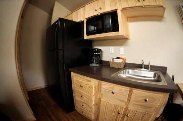 pecos-deluxe-tiny-cabins-002