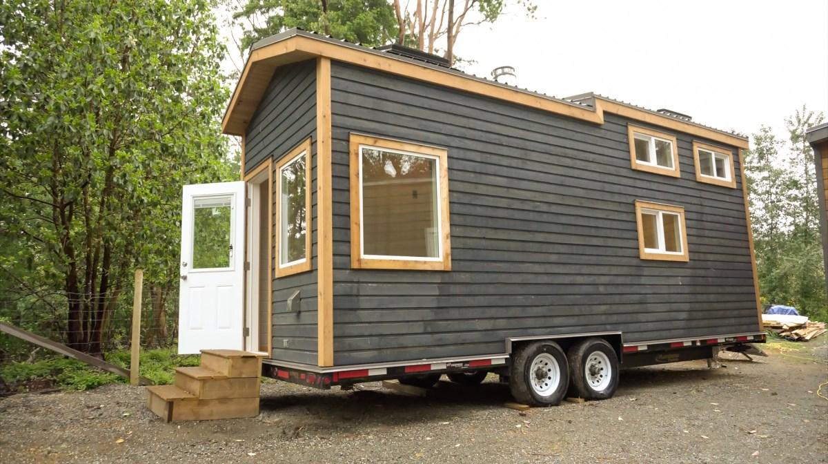 Tiny Home Designs: Super Modern Off Grid Tiny House