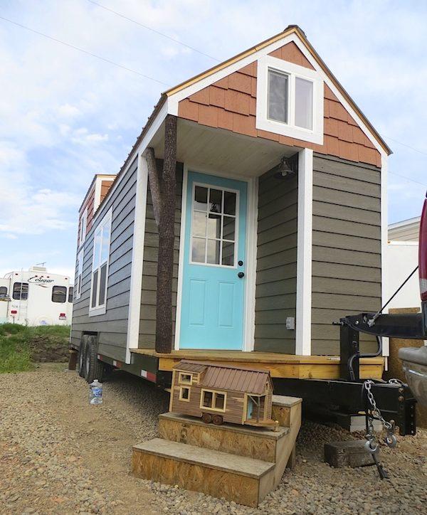 robins-nest-tiny-house-on-wheels-by-brevard-tiny-homes-0001