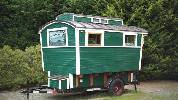 russ-gypsy-wagon-tiny-house-003