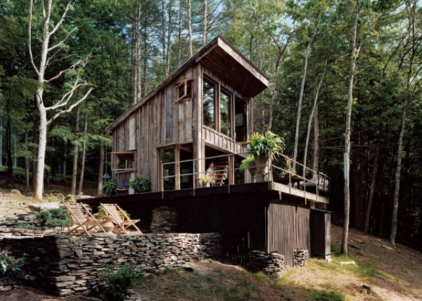 Small Rustic Cabin Completely Off-Grid