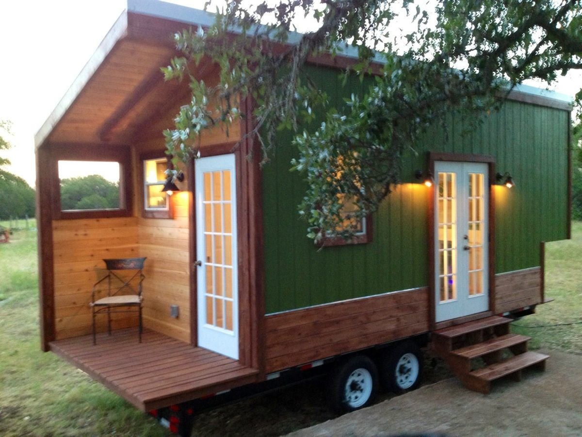 Modern and rustic tiny house for sale in austin texas for Modern houses for sale austin