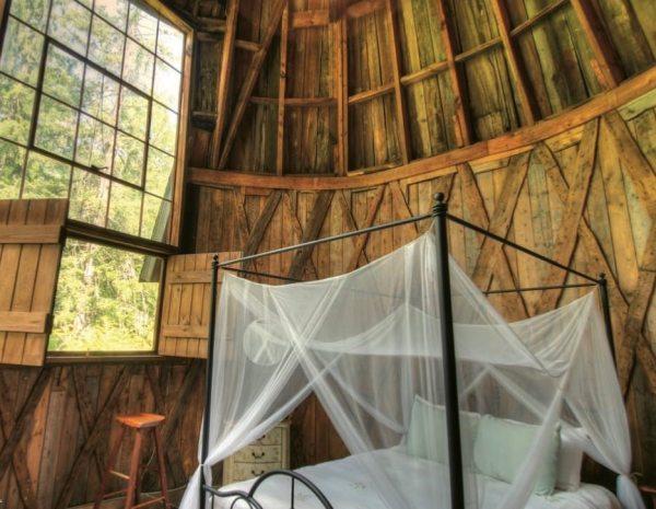 santarella-tiny-silo-cabin-in-tyringham-002