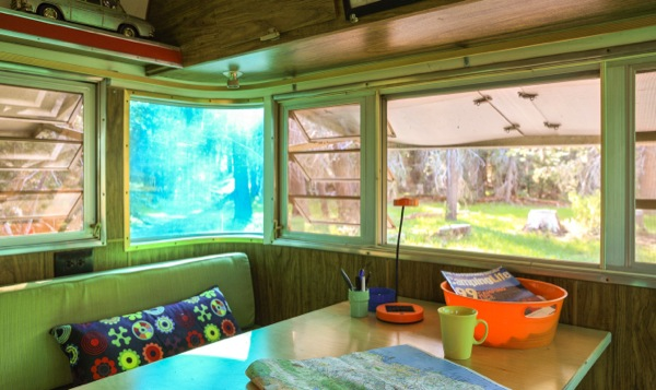 silverstreak-30-travel-trailer-to-cabin-renovations-010