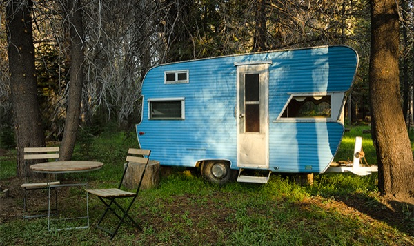 silverstreak-30-travel-trailer-to-cabin-renovations-03