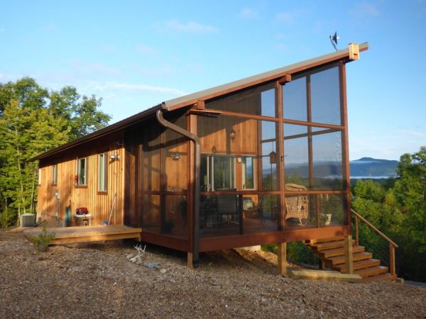 simply-home-nc-couples-704-sq-ft-cabin-001