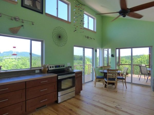 simply-home-nc-couples-704-sq-ft-cabin-00a3