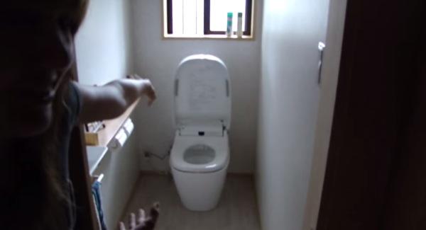 smart-space-saving-modern-japanese-home-003