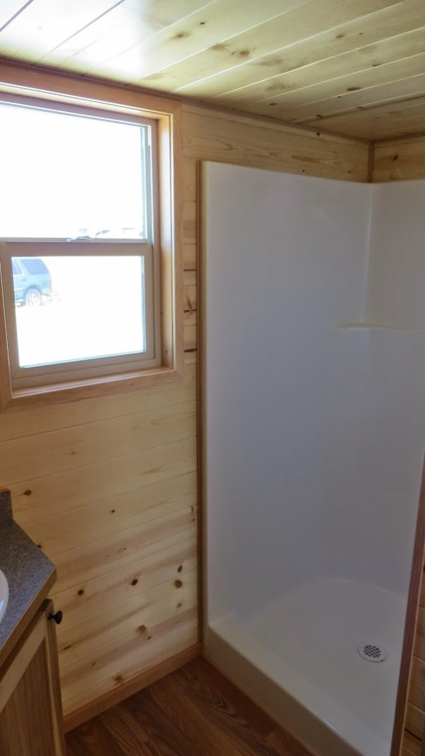 spacious-tiny-house-on-wheels-by-richs-portable-cabins-008
