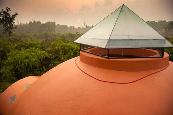 steve-areen-tiny-dome-home-in-thailand-008