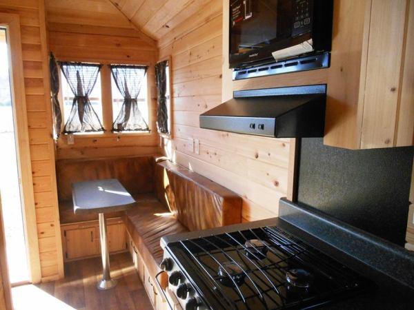 stone-canyon-cabins-custom-tiny-house-on-wheels-06