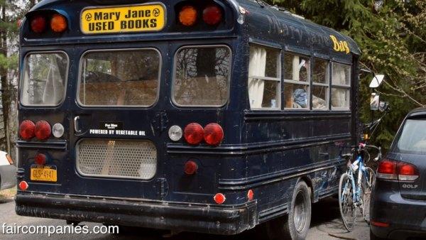 teen-convert-school-bus-5600-off-grid-motorhome-017