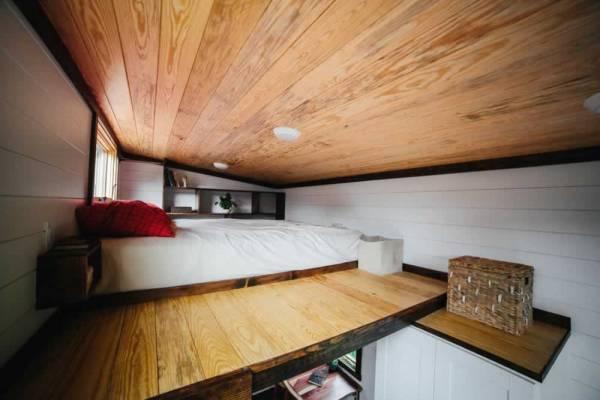 the-chimera-tiny-house-wheels-wind-river-tiny-homes-029