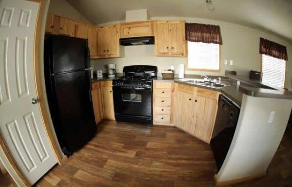 the-comal-750-sqft-2-bedroom-cottage-sleeps-eight-004