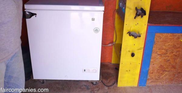 the-field-lab-128-sq-ft-tiny-house-by-john-wells-via-faircompanies-008