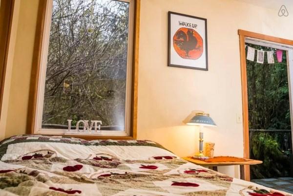 thimbleberry-creek-off-grid-micro-cabin-005