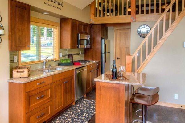 Simple Kitchen Floor Plan