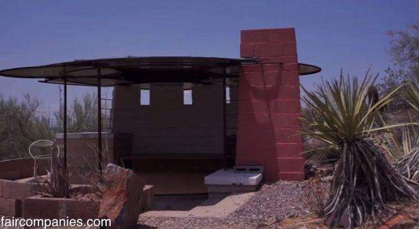 tiny-dorm-shelters-at-frank-lloyd-wrights-taliesin-architecture-school-002