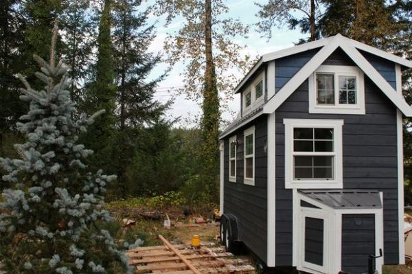 tiny-heirloom-tiny-house-on-wheels-builder-in-portland-pdx-001