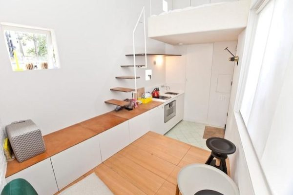 tiny-house-for-sale-in-london-0004