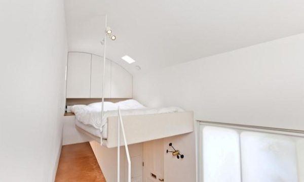 tiny-house-for-sale-in-london-0005