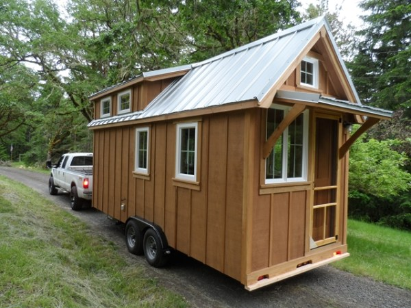 tiny-house-on-wheels-by-oregon-cottage-company-09
