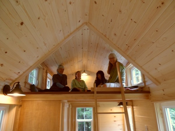 tiny-house-on-wheels-by-oregon-cottage-company-18