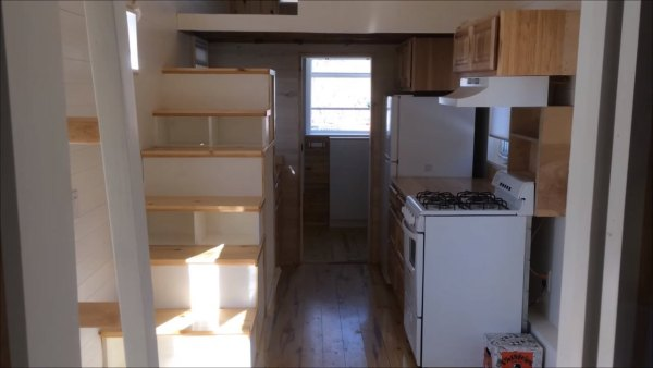 tiny-house-on-wheels-for-family-four-005
