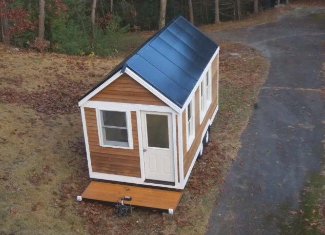 Solar Tiny House Doubles As Tri Toon Houseboat