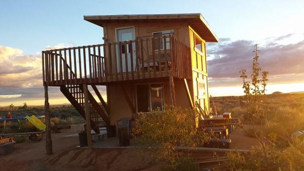 tiny-solar-cabin-for-sale-0001