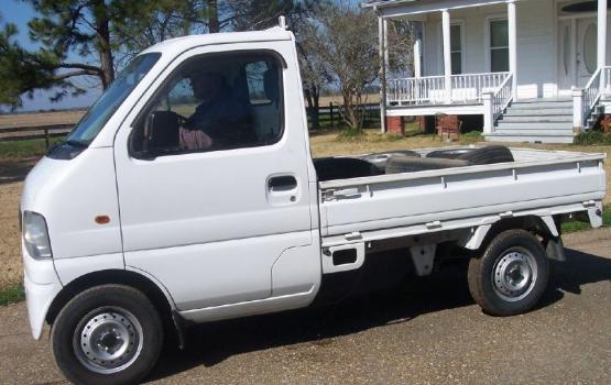 tiny trucks 01 Tiny Trucks  pretty pickup The Best 100 Pretty Pickup Truck Image Collections www