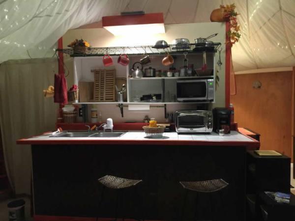 tiny-yurt-retreat-near-asheville-009