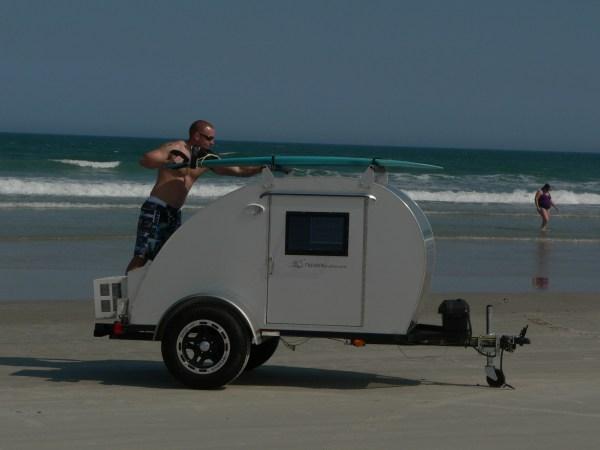 trekker-trailer-beach-teardrop-01
