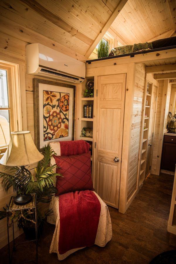 tumbleweed elm 18 overlook 117 sq ft tiny - Tumbleweed Tiny House Interior