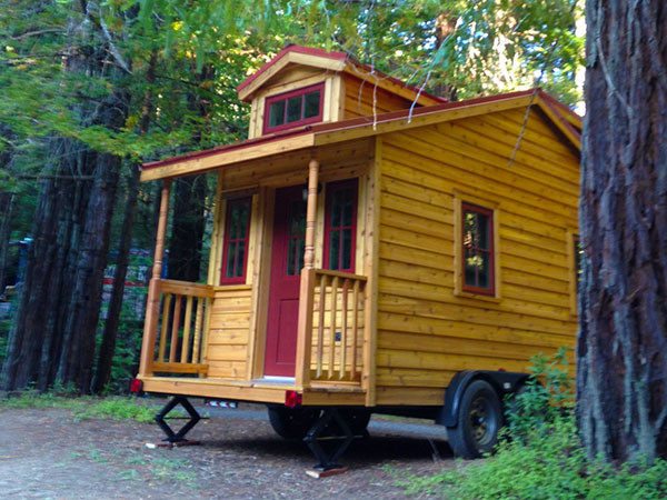Tumbleweed linden tiny house vacation rental for Tiny vacation homes