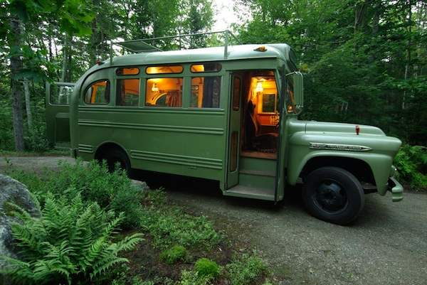 viking-short-bus-conversion-turned-to-cabin-on-wheels-by-winkarch-001