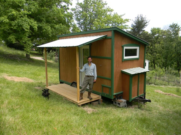 yahini-homes-104-square-feet-tiny-house-on-wheels-with-folding-porch-roof-02