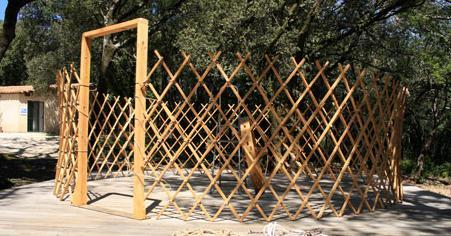 yurt-construction