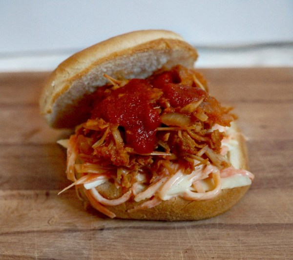 vegan bbq pulled pork jackfruit