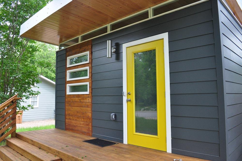 Modern Dwelling by Kanga Room Systems - Tiny Living on Modern Siding  id=32604
