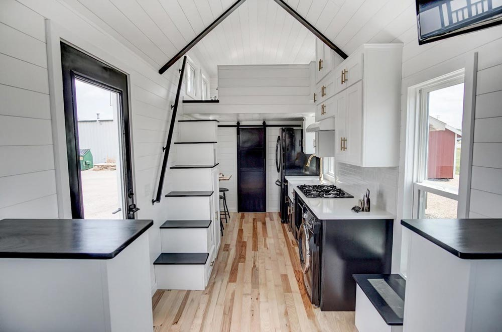 2 Bedroom Tiny House With Loft Novocom Top
