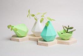 Différents vase polygonal